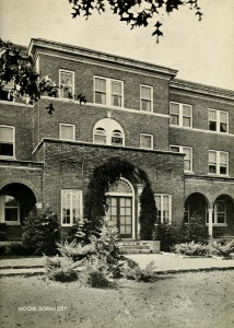 Moore Dormitory in 1933. Photo courtesy of WCU digital yearbook collection.