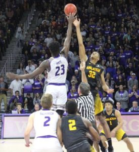 Amius' clutch dunk lifts Cats over Mountaineers